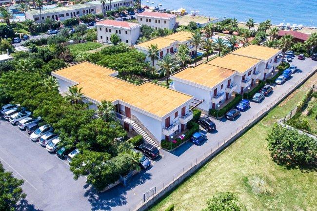 Club Residence Zona Caraibi De La Castellana Mare