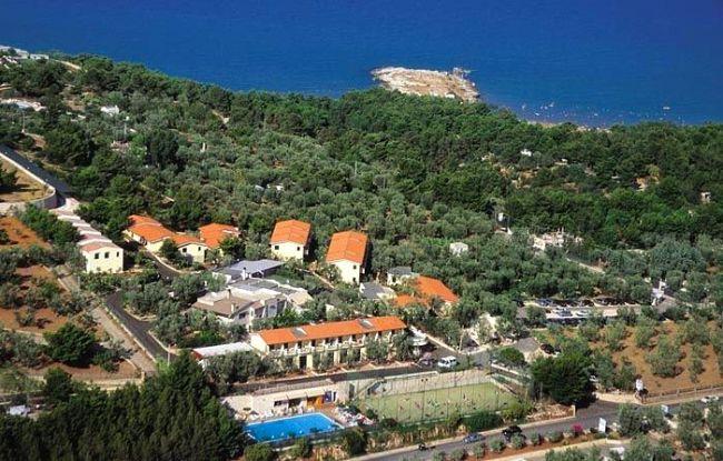 Offerte villaggio turistico defensola a vieste in puglia for Villaggio turistico sardegna