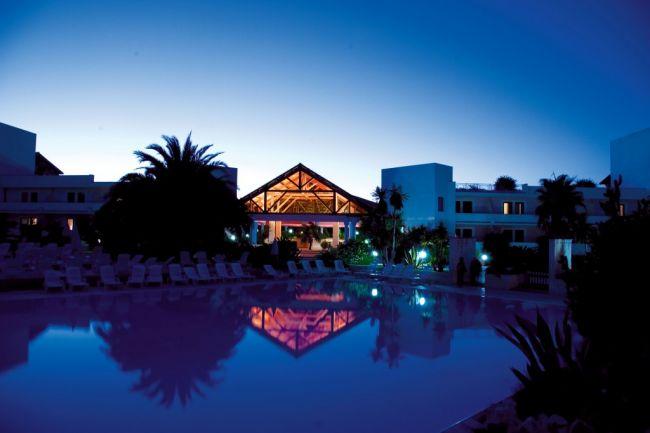 Offerte villaggio club giardini d 39 oriente a marina di nova siri in basilicata - Hotel villaggio giardini d oriente ...