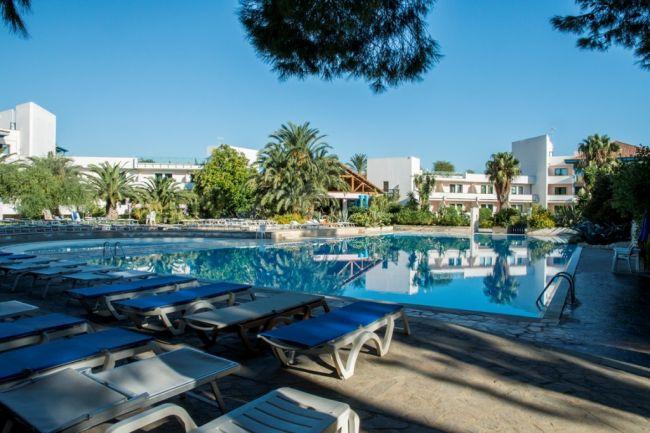 Offerte villaggio club giardini d 39 oriente a marina di nova siri in basilicata - Giardini d oriente basilicata ...